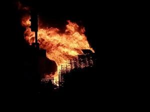 13 luglio 2015, Bonfire a Donegall Road (Foto Saen Mc Hugh)