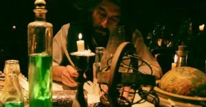 Luca Lionello in una scena del film