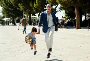Checco Zalone in una scena del suo ultimo film, Quo Vado?