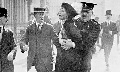 L'arresto di Emmeline Pankhurts nel 1914 Foto : Heritage Images/Getty Images