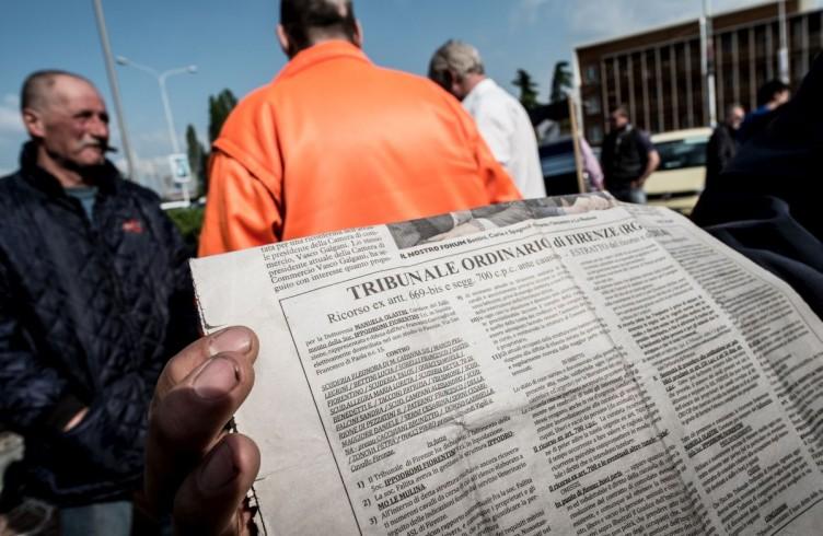 11 Palazzo di Giustizia, protesta dei proprietari dei cavalli contro la chiusura dell'ippodromo
