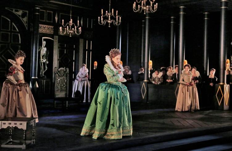 Elīna Garanča as Sara