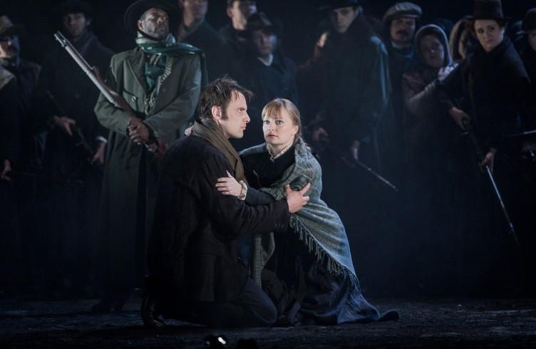 Carmen, Glyndebourne Festival 2015. Don José(Pavel Cernoch) and Micaëla(Lucy Crowe). Photographer: Robert Workman