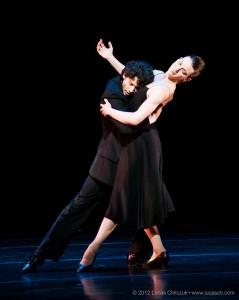 In Sinatra Suite di Twyla Tharp - prove- con Luciana Paris. foto Lucas Chilczuk.